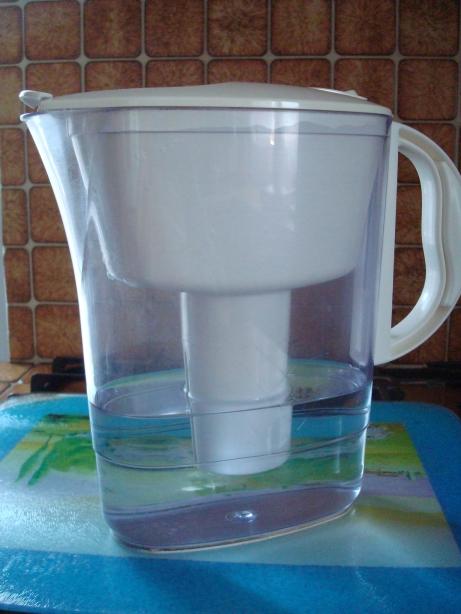 Pourquoi adopter une carafe filtrante dans sa cuisine ?